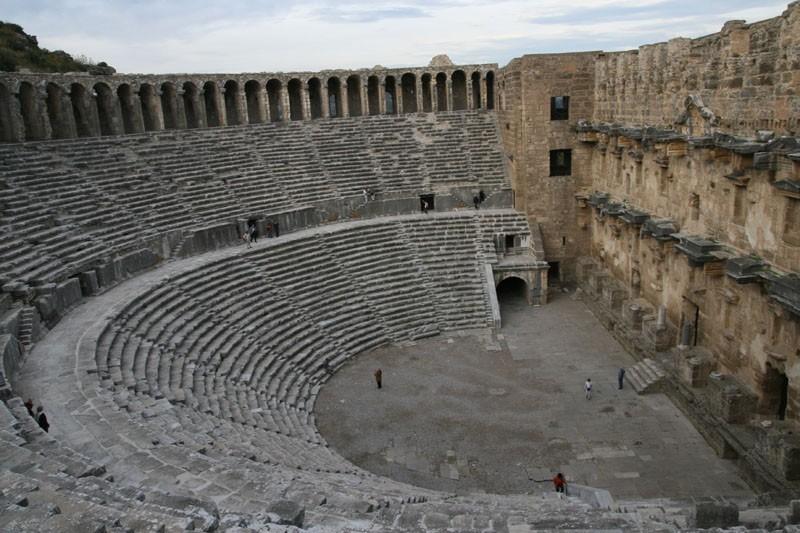 theatre d'aspendos